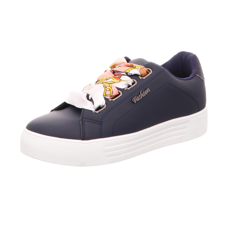 BUGATTI Sneaker mit Logo Applikation Modell 'Kelli' in Weiß online kaufen (1097507) ▷ P&C Online Shop